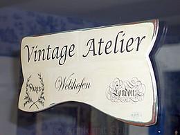 """Shabby Chic und Vintage: Schild """"Vintage Atelier Welshofen"""" (Handarbeit)"""